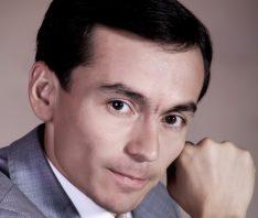 Davron Ahmedov - Qizim